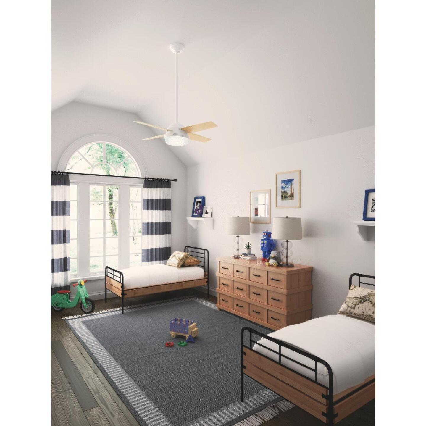 Hunter Dempsey 44 In. Fresh White Ceiling Fan with Light Kit Image 2